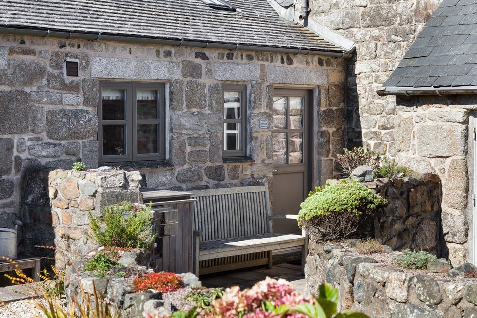 The perfect little spot to enjoy some peace and quiet in this tranquil rural setting.