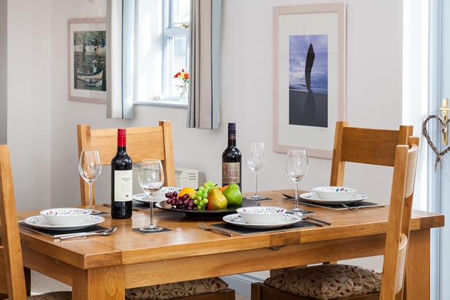 Enjoy a leisurely supper in tranquil surroundings, with a glass of wine or two.