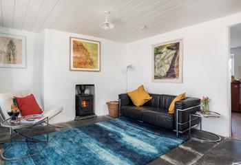 The Cornwall Gallery, Sleeps 4 + cot, Bude.