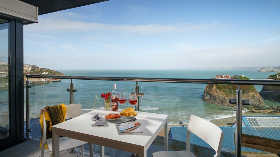 The stunning views of the beautiful north coast stretch as far as the eye can see from the balcony.