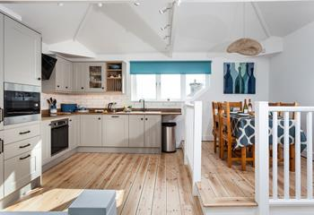 The Linen Loft, Sleeps 5 + cot, Marazion.