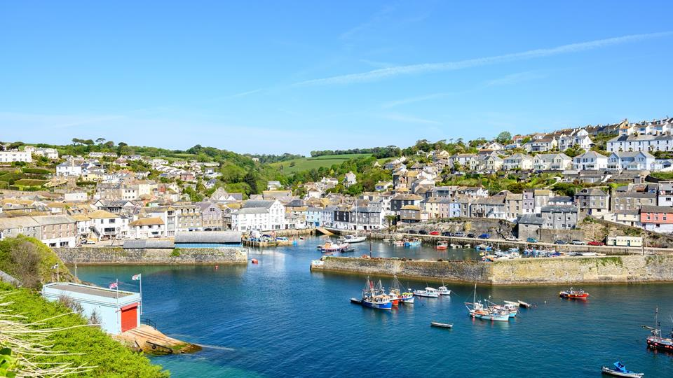 Spend your days watching the comings and goings of the harbour village of Mevagissey.