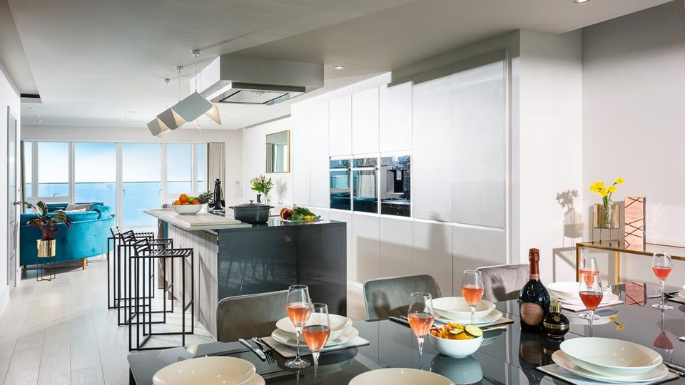 The living space is sociable and light, with balcony doors to both sides so you can let in the fresh Cornish air.