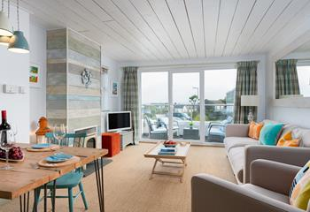 28 Carthew Court - Seascape, Sleeps 4 + cot, Barnoon/Carthew.