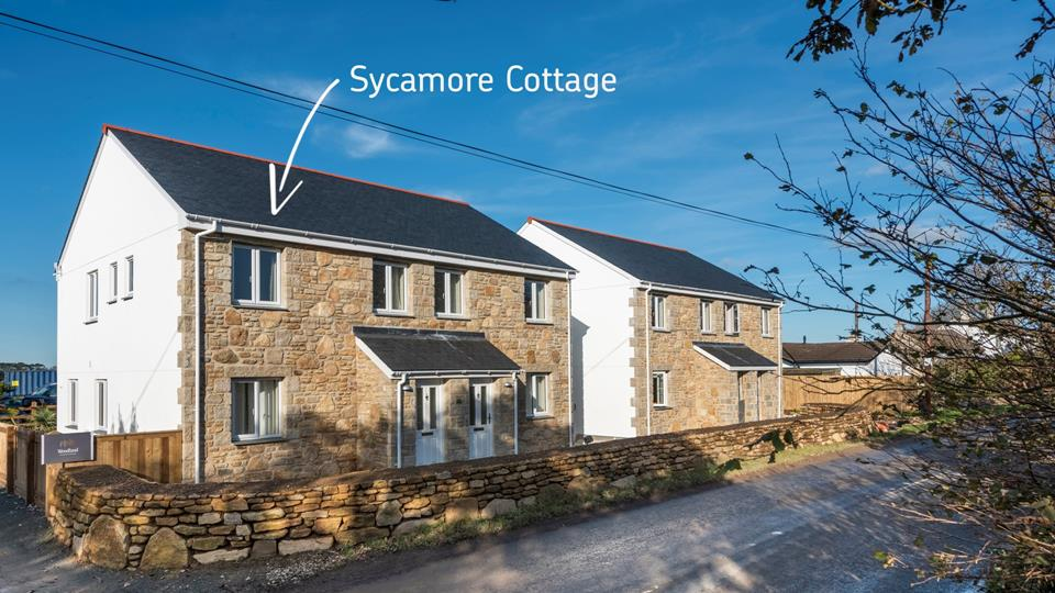 Sycamore Cottage with Beech Cottage to the right, both properties can be booked together to sleep up to 12 guests.