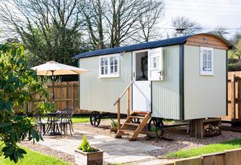 Shepherds Retreat, Sleeps 2, Mid Cornwall.