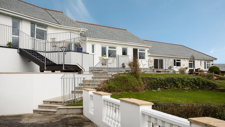 The properties location is ideal for exploring the quaint harbour village of Mevagissey!