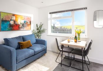 A charming retreat for two, Garden Studio is tucked away in Mevagissey and offers cosy, open plan living.