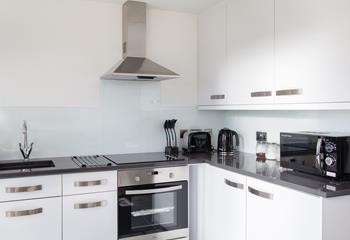 Stylish, modern and fabulously well equipped, the kitchen provides everything you need to cook delicious meals!
