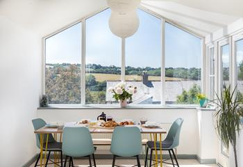 The Saltings, Sleeps 6 + cot, Wadebridge.
