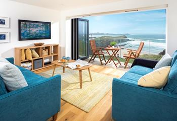 7 Watergate View, Sleeps 4 + cot, Porth.