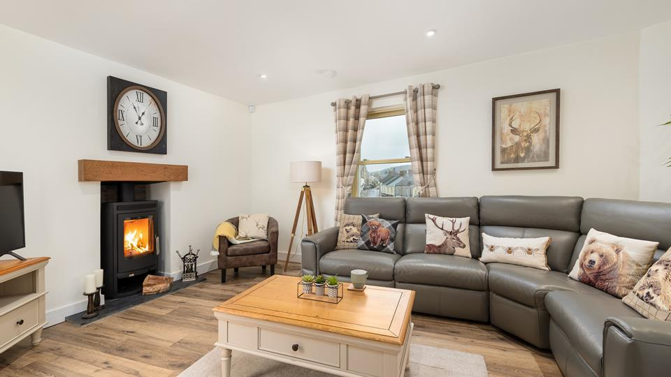 Located in the historic Cornish town of Lostwithiel, Castle Hill Cottage is an idyllic retreat for five.