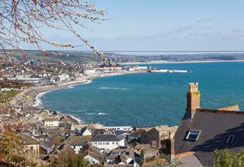 Little Lyonesse boasts enviable views across Newlyn and Mount's Bay.