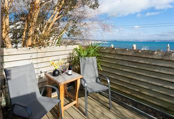 Pour yourself a drink and soak up the sunshine in the privacy of your terrace.
