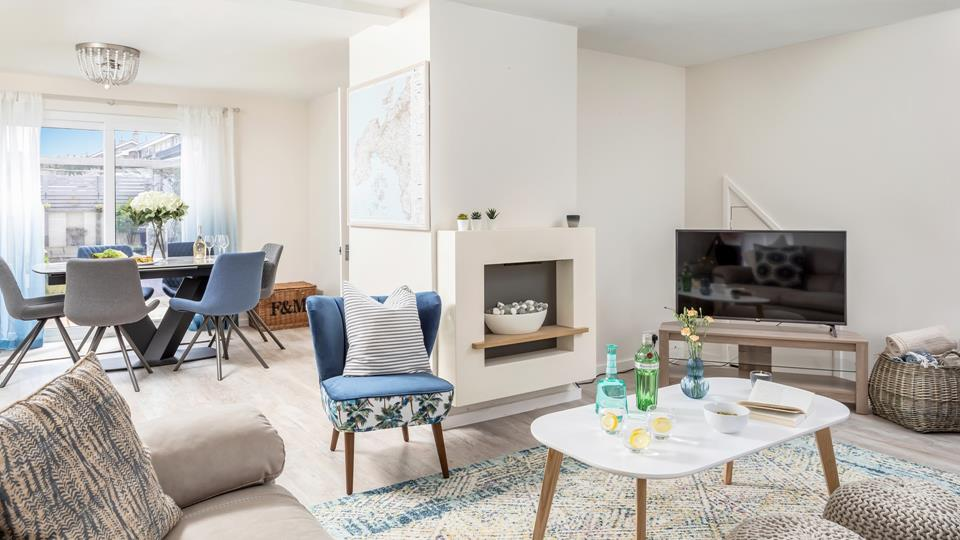 Beautifully styled, the open plan living area is the perfect place to relax and unwind while holidaying at Number 6.