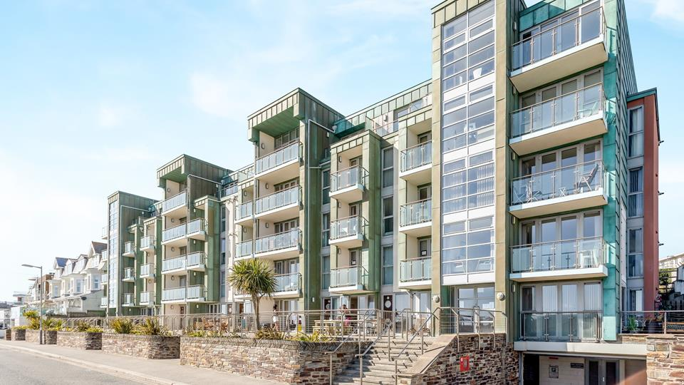 Zinc is on one of Newquay's most prestigious roads, with Fistral beach only minutes away!