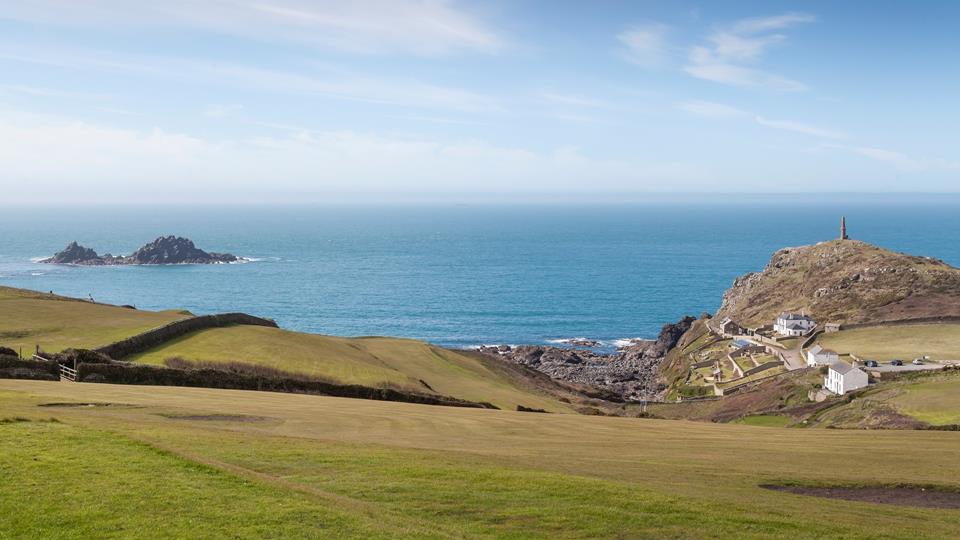 Located close to the coastline, Atlantic View boasts breathtaking sea views.