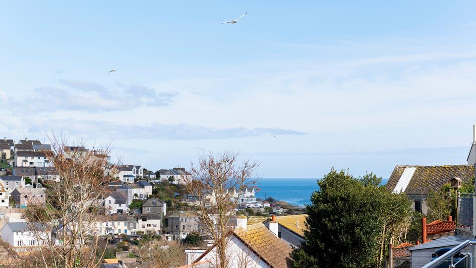 Be mesmerized by the far-reaching views across Mevagissey.