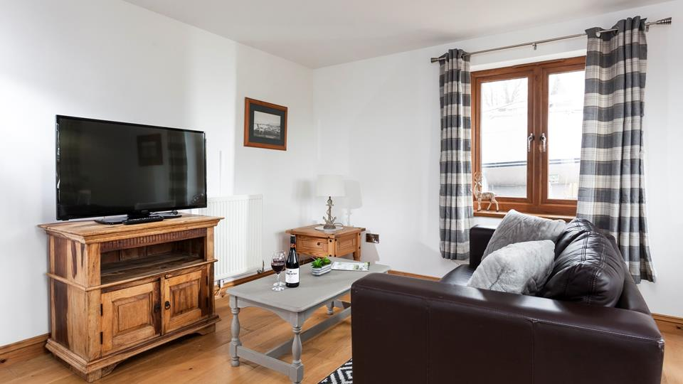 Pour a glass of wine and settle in for a cosy evening after a busy day exploring Marazion.