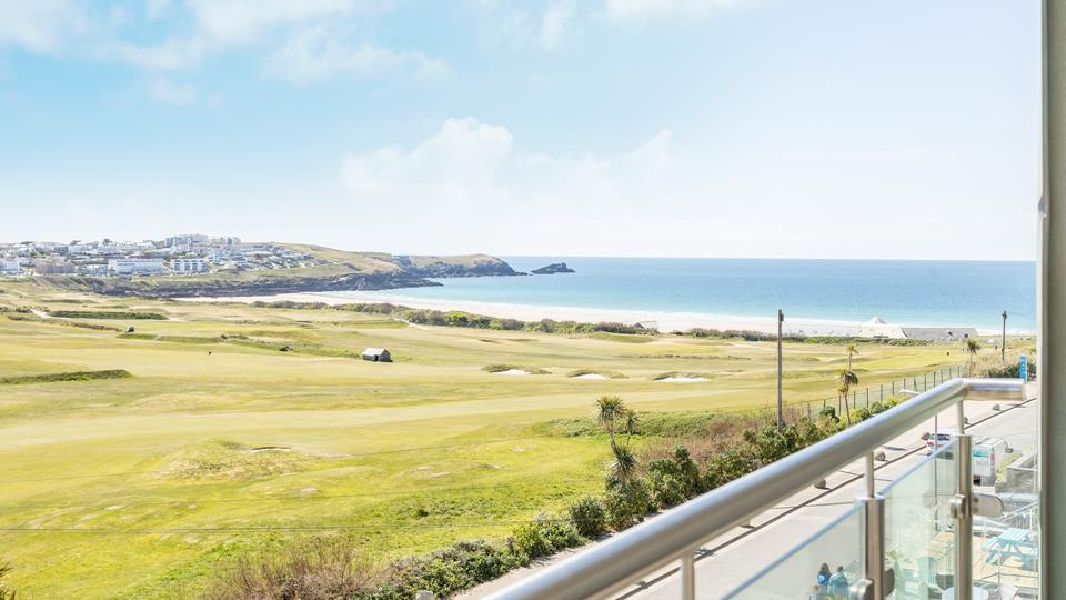 With stunning views across Newquay golf course and Fistral beach, you can sit on the balcony and watch some exceptional sunsets!